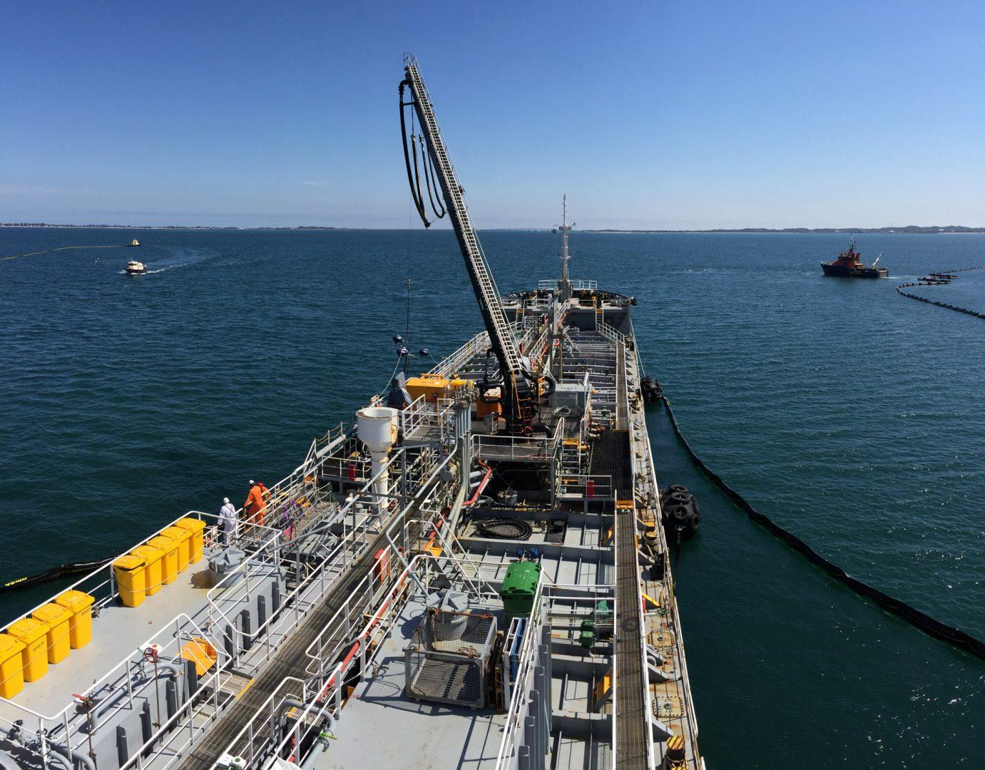 Blackstump Tests Oil Containment Concept | Svitzer Australia