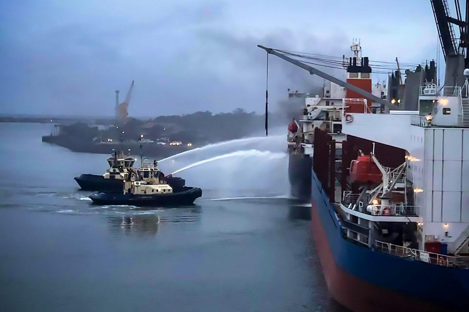 Fire Chieftain Tugs Port Kembla