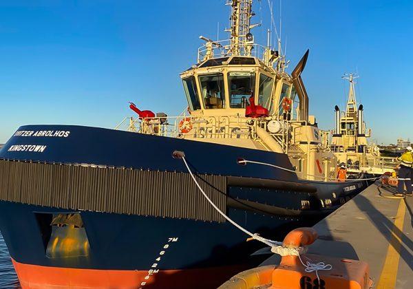 Svitzer Abrolhos arrives in Geraldton, Western Australia